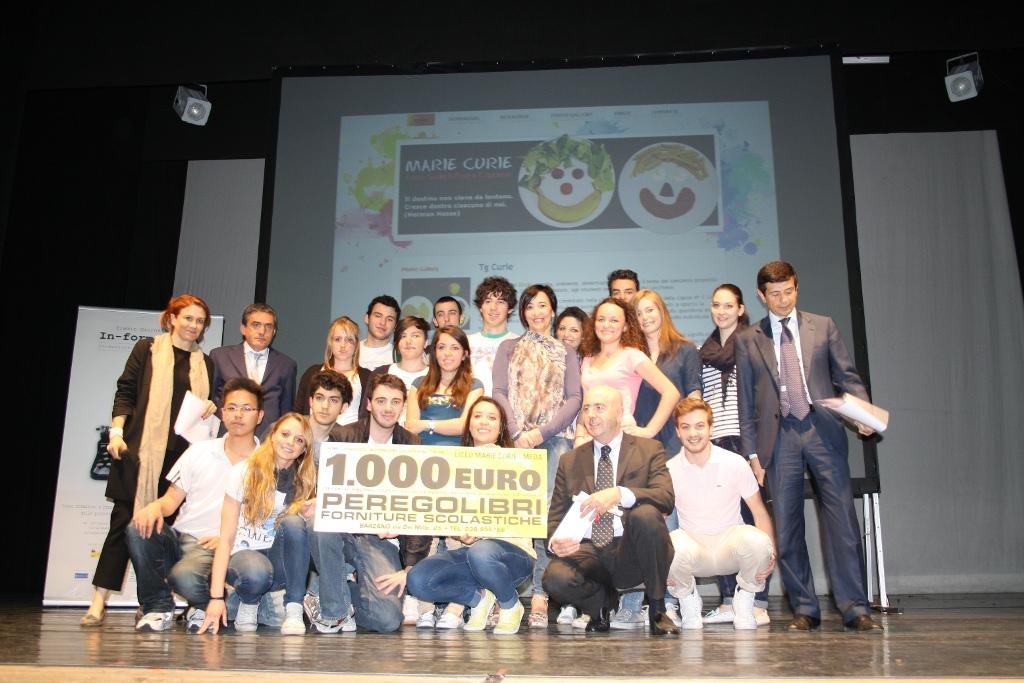 Premiazione IV C concorso informazione